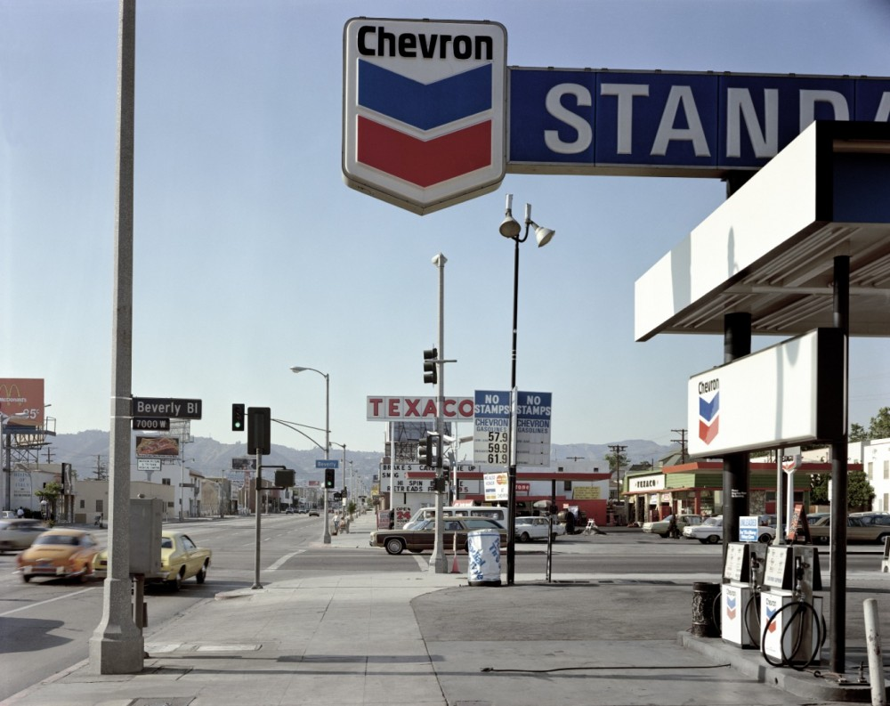 Beverly Boulevard and La Brea Avenue, Los Angeles, California, June 21, 1974 Photograph: Stephen Shore, 303 Gallery, New York and Sprüth Magers, London
