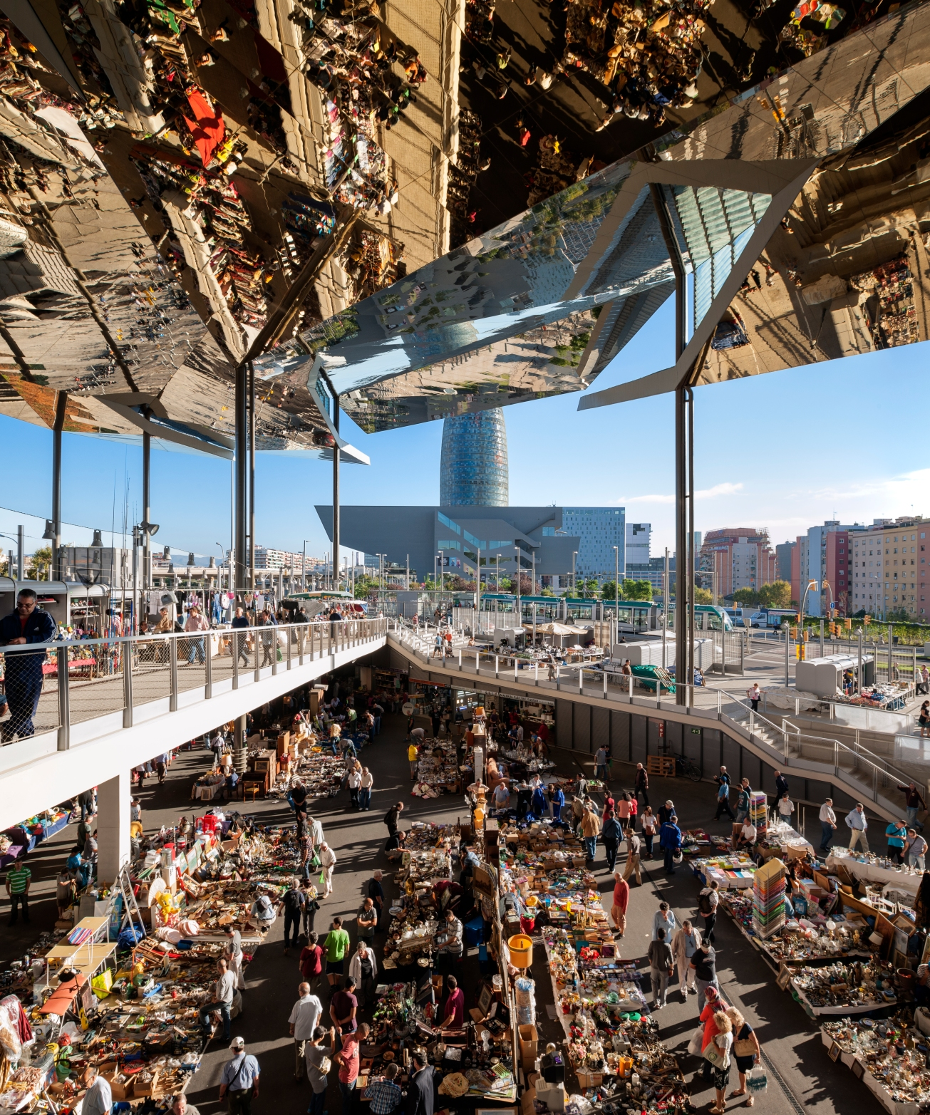 Encants Flea Market Category: Buildings in use  Photographer: Inigo Bujedo Aguirre  Architect: B720 Arquitectura  Location: Barcelona - Spain
